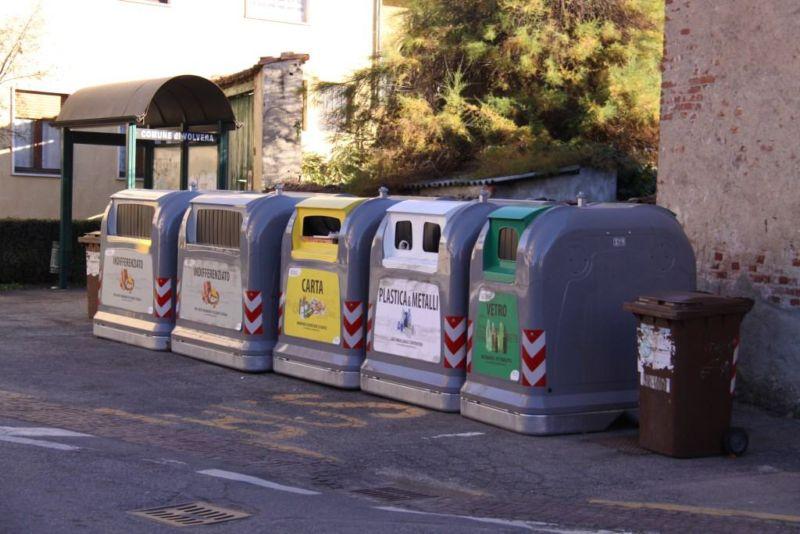 """Relazione Servizio """"raccolta rifiuti"""" anno 2013"""